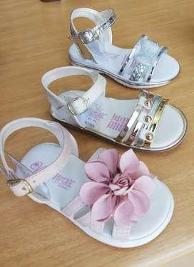 El calzado que te gusta, a un buen precio y de buena calidad pide el tuyo servicio a domicilio, pago contra entrega..