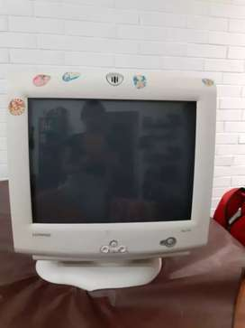Monitor color Compaq 17 pulgadas