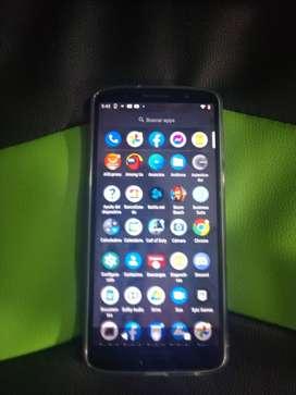 Motorola g6 plus 4gb de ram 64g  memoria interna excelente estado