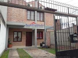 BASALO PROPIEDADES >VENDE< Duplex en Grand Bourg.