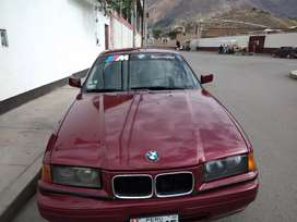 BMW 320i deportivo