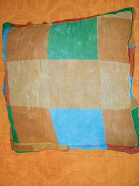 almohadones cuadrado de 53 de 48 y de 46 cm