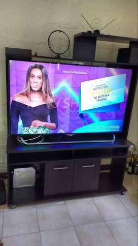 "Smart TV LG 55""  + Multimueble"