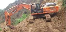 Venta y alquiler de excavadora sobre orugas