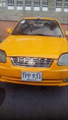 Hyundai Accent GL 2004 Taxi con cupo Medellín + Aeropuerto Rionegro y EOH