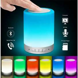 Lámpara con parlante Bluetooth