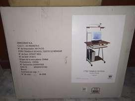 Vendo mesa/escritorio y silla a gas sin apoyabrazos