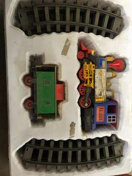 Regalo tren de juguete navideño