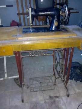 Máquina de coser Singer Royal