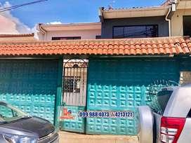 Casa en venta, sector Mutualista Azuay, Cuenca C463