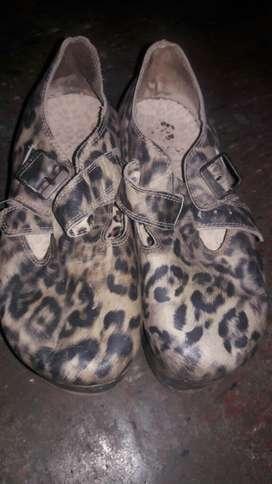 Vendo Zapatos en Muy Buen Estado T 38-39
