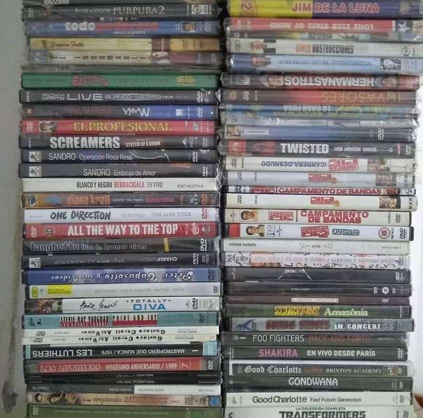 LOTE DE CDS DVDS VINILOS 500 TITULOS APROXIMADAMENTE 0