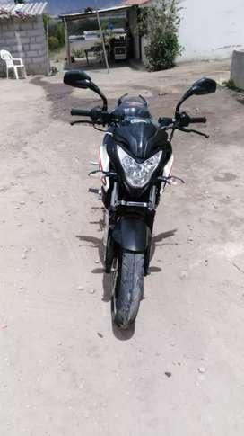Moto pulsar N200