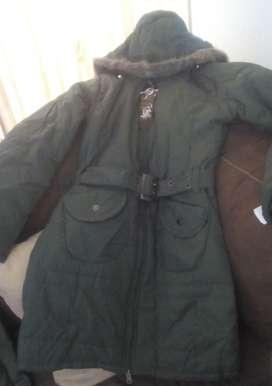 Gabán chaqueta impermeable