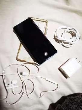 Huawei p30 pro 256 gigas 8 ram imei libre de todo, corgador forro audífonos, VENDO O CAMBIO!