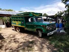 vendo camión dodge 300 con motor mitsubishi