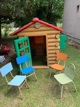 Casita del árbol Chicco importada usada bien estado más 4 sillitas de jardín antigüedad 10 años