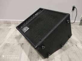 Amplificador para bajo Ampeq Como nuevoo