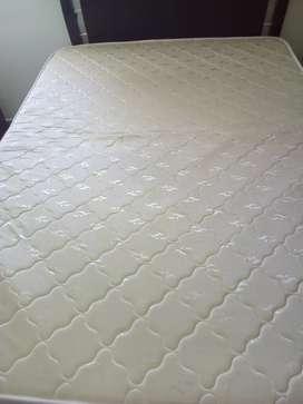 Colchón  de 1.40 x 1.90