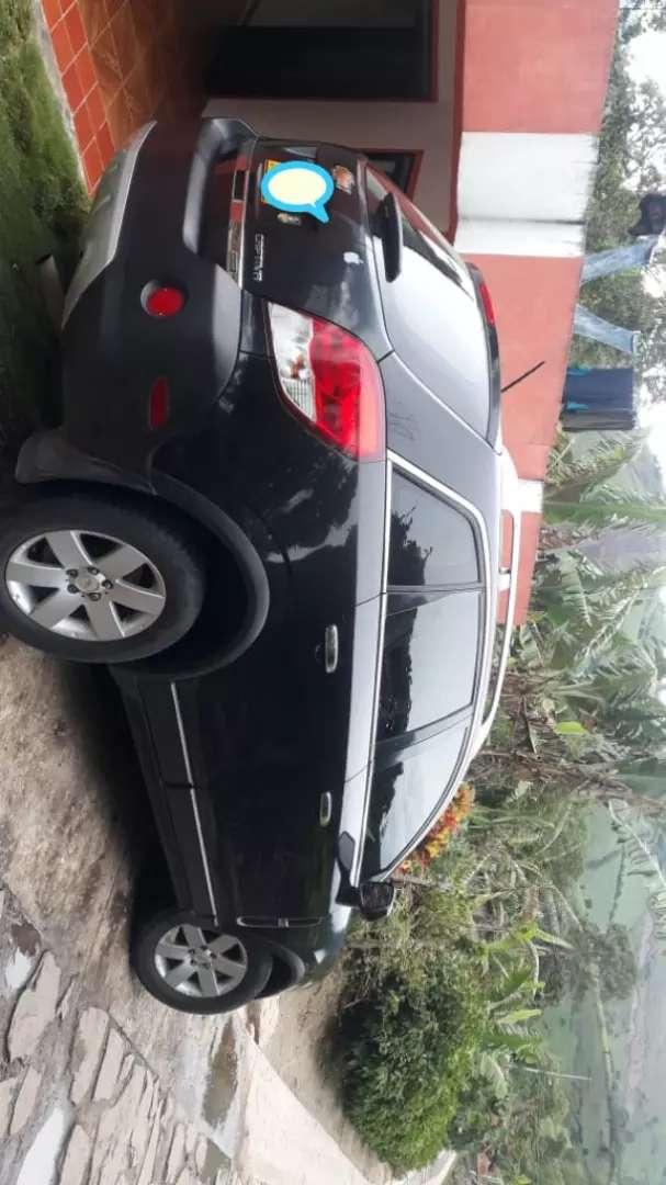 Chevrolet Captiva sport modelo 2012 0