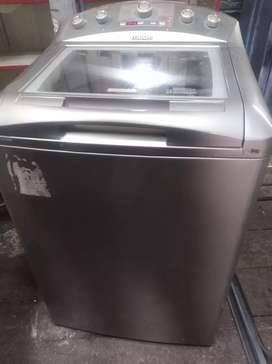 Lavadora Mabe de 36 lbs