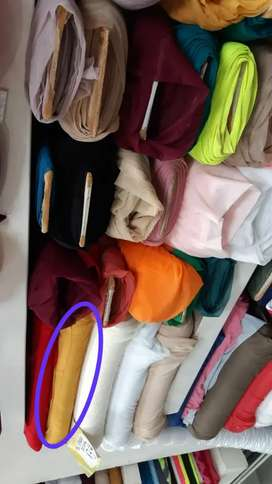 Se pusca un  deshilachador  para taller de camisetas
