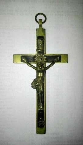 Crucifijo sacerdotal