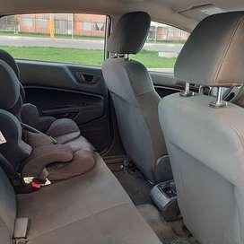 Vendo Ford Fiesta SE 2013 automático