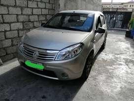 Automóvil sedan 2011