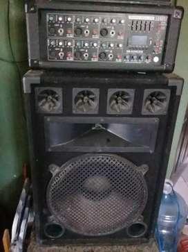 Amplificador y parlante como nuevos
