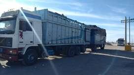 Camion carreta volvo f12 de 4 ejes .de 14 ruedas