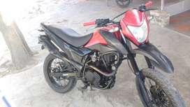 VENDO TTR 125 COMO NUEVA