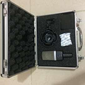 Micrófono Akg C214 (como Nuevo)