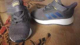 Adidas originales canjeo o vendo