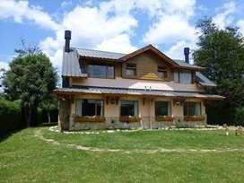 xt10 - Casa para 2 a 4 personas con cochera en Villa La Angostura
