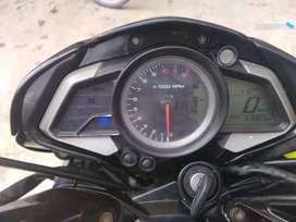 Vendo moto pulsar ns 200 año 2014 en ecelente estado
