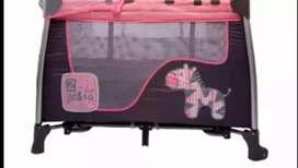 EXCELENTE Corral  Mecedora con dos pisos rosado priori con base cambio de pañal y segundo nivel