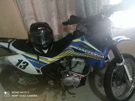 Daytona Scorpion 250 cc negociable