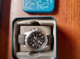 Vendo Reloj Fossil y Sony inteligente