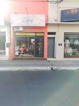 Alquilo Local Comercial Microcentro de Corrientes