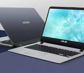 Computador portátil marca Asus modelo X407UF