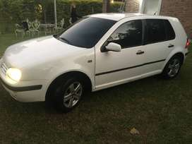 VENDO VW GOLF 1,6 FORMAT MODELO 2000