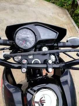 Bendo moto honda modelo 2020 todo al día