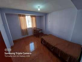 Alquilo habitación con baño propio en Casuarinas II etapa cerca a Transportes y polideportivo