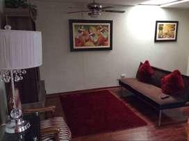Alquiler temporal por noche en Prolongacion Benavides en Surco Zona segura y Centrica Primer piso  130 soles por noche