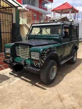 Vendo Permuto Land Rover 84