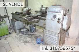 Taller mecánica industrial Prensa hidráulica, torno, taladro fresado, prensa hidráulica, soldadora sumergible