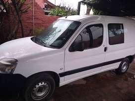 Peugeot PARTENER 2012