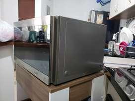Horno microondas Lg Smart Inverter Gris