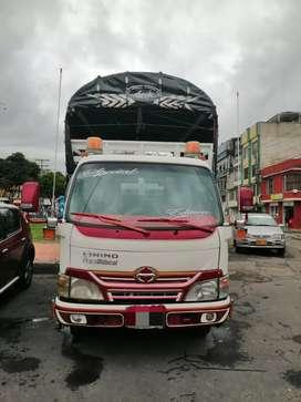 Camion Hino 2017